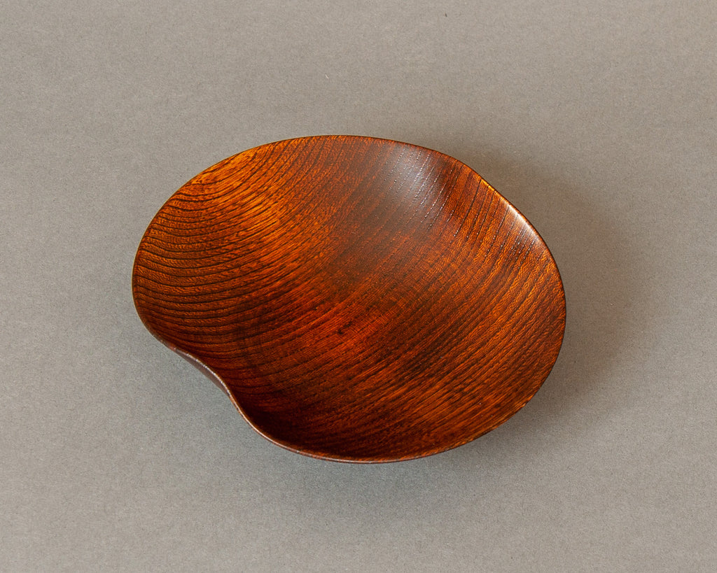 Turned & Shaped Japanese lacquered bowls - Brown Top