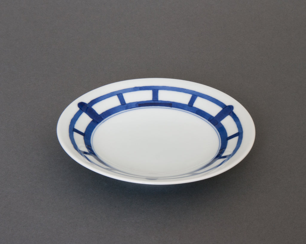 Shoji pattern hand-painted saucer - side