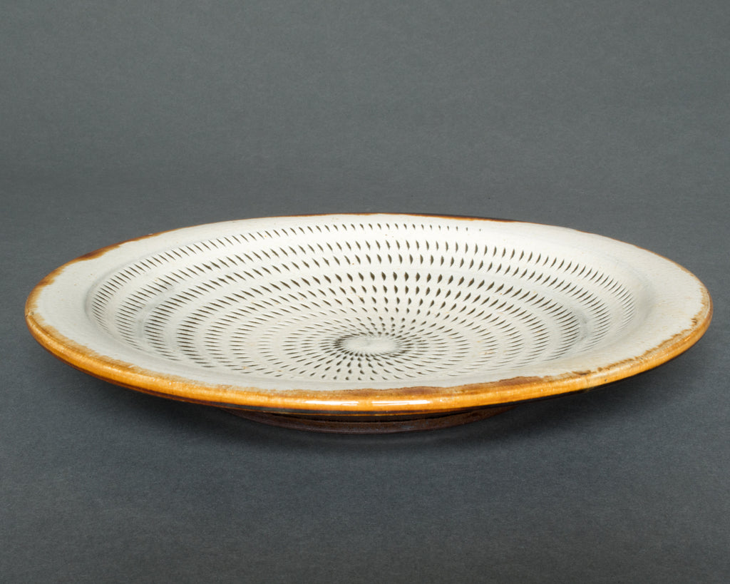 Handmade Japanese Plates, Tobikanna Decoration - Side