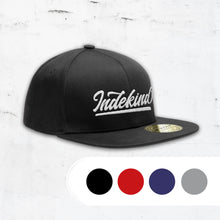 Laden Sie das Bild in den Galerie-Viewer, Snapback Kappe Simple Logo