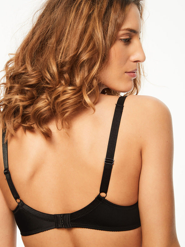 Chantelle Basic Invisible Bra back view