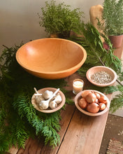 "Load image into Gallery viewer, 15"" Maple Farm Bowl"