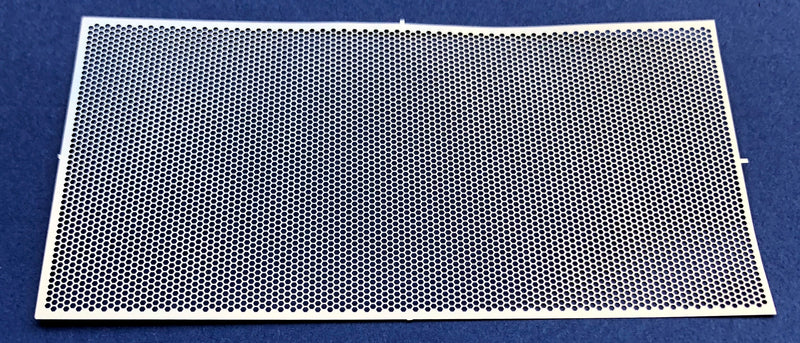 DM-2590 Honeycomb Style Grille