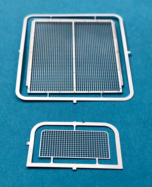 DM-2591 Peterbilt 352 Original Grille w/Air Conditioner Grille