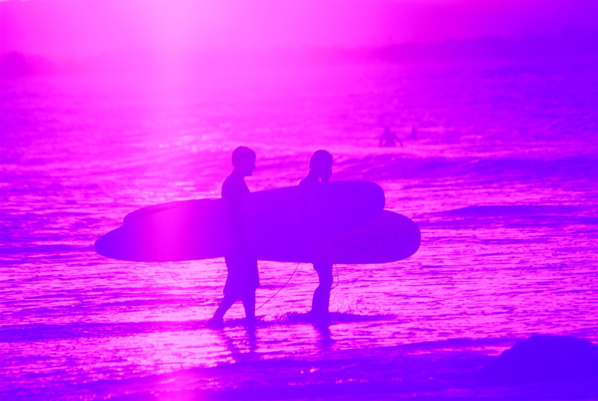 Surf Lovers - Violet Golden Bay