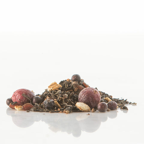 black tea, cranberries, juniper berries, vanilla, cardamom, pomegranate seeds, cinnamon chips, orange peel