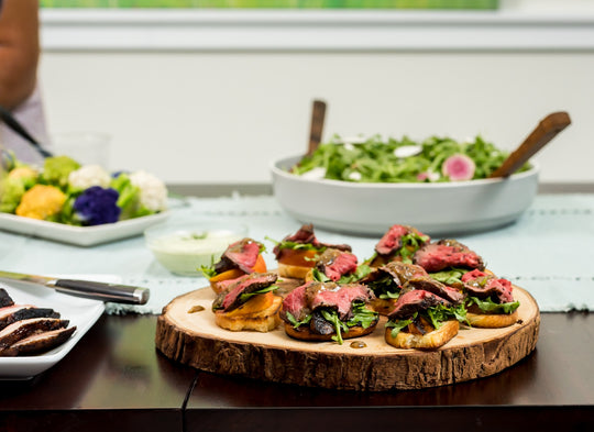 Healthy Mustard-Glazed Beef Tenderloin with Peach and Arugula Bruschetta