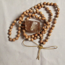 Load image into Gallery viewer, sandalwood and gray buddhist wooden mala beads