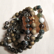 Load image into Gallery viewer, composure agate druzy wrist mala
