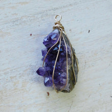 Load image into Gallery viewer, gold wrapped amethyst cluster slice necklace