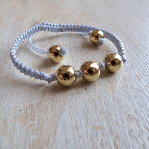 shine on gold plated macrame bracelet (light gray)