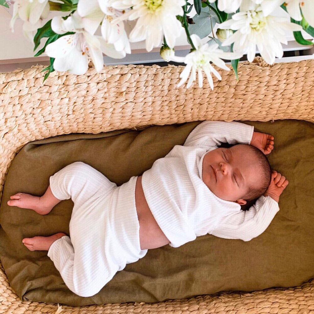 BASSINET OLIVE FITTED SHEET