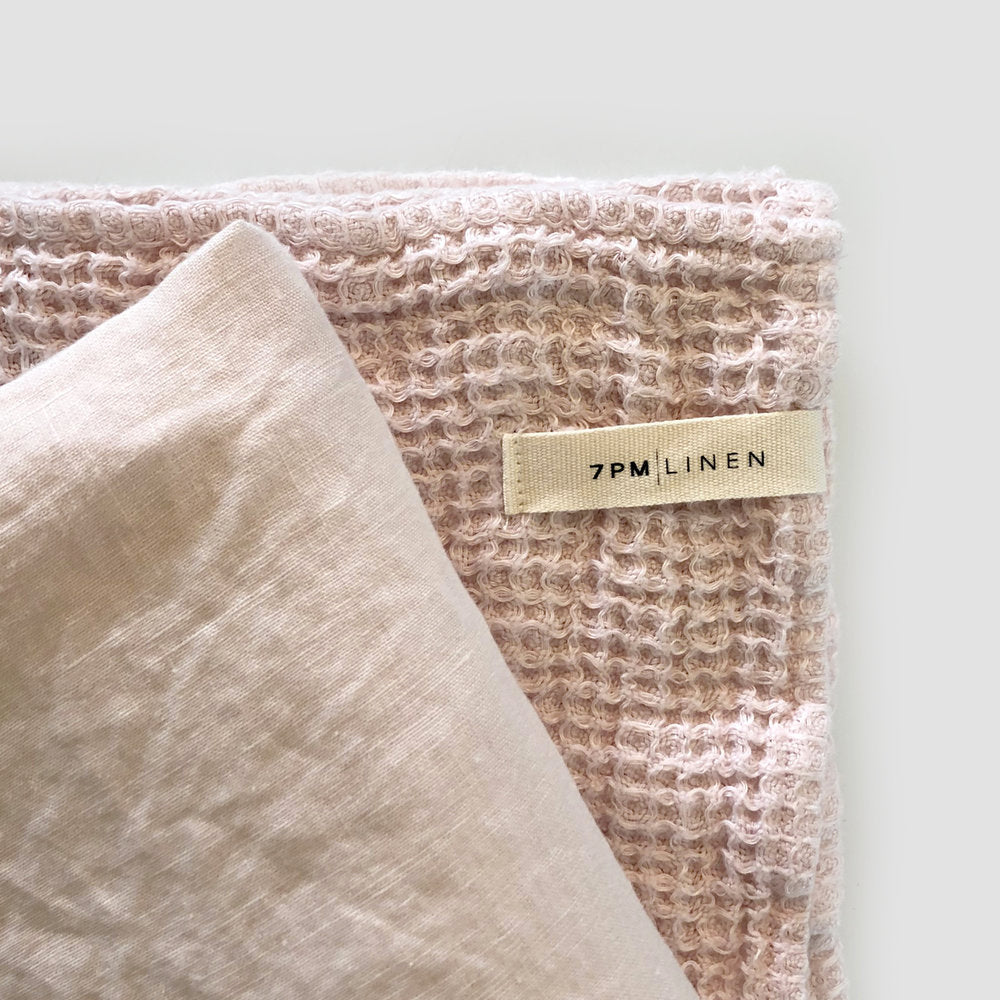 CAMEO PINK WAFFLE BLANKET
