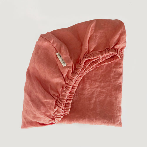 SINGLE + KING SINGLE CORAL FITTED SHEET