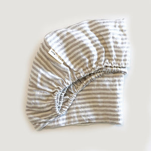 BASSINET GREY STRIPE FITTED SHEET