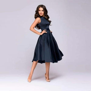 Vintage style knee-length dress fashion sleeveless elegant