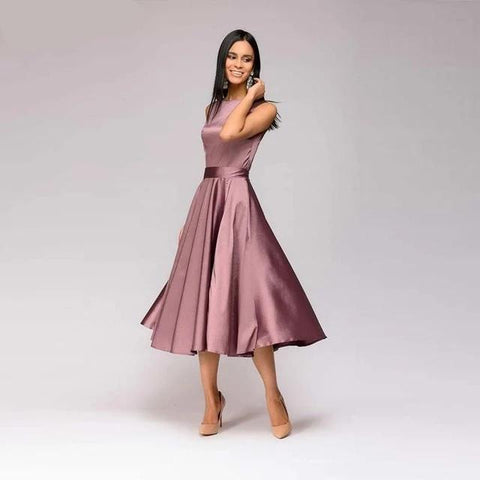 Image of Vintage style knee-length dress fashion sleeveless elegant