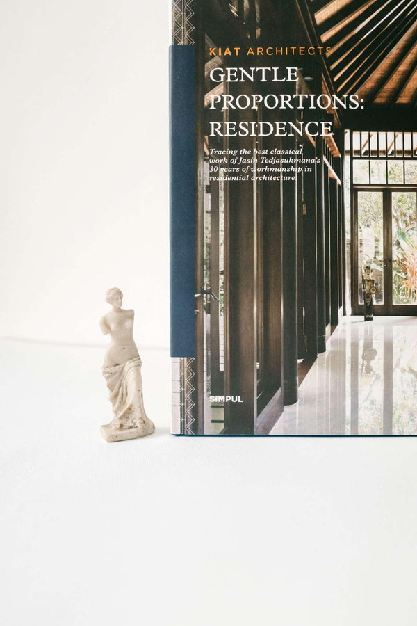 GENTLE PROPORTIONS : RESIDENCE - SIMPUL