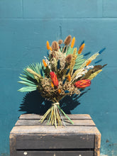 Load image into Gallery viewer, Large Dried Flower Bouquet - Flùr