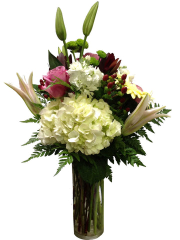 """Shapes of Love"" Flower Arrangement *Good Deal*"