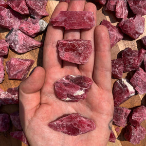 Gem Quality Rhodonite