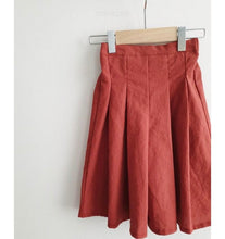 Load image into Gallery viewer, Red culottes pants