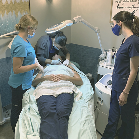 image of microdermabrasion class