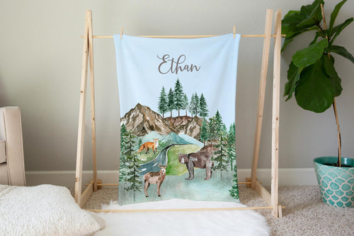 Personalized Forest Animals Minky Blanket, Woodland Baby bedding - Little Explorer