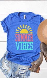 Plus Size Summer Vibes Graphic Tee