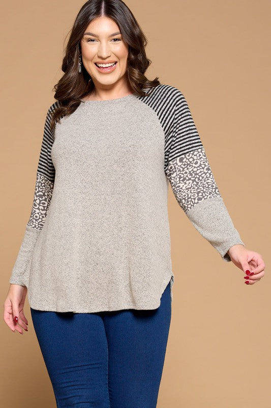 Plus Size Hacci Brush Contrast Casual Top