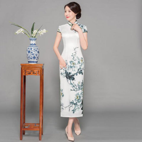 Robe Chinoise Fleurs Blanches