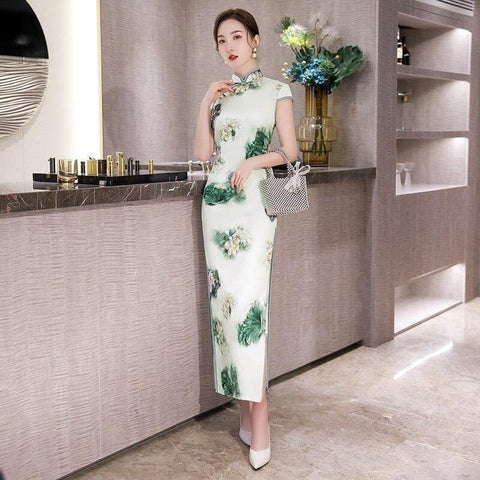 Robe Chinoise Motif Floral