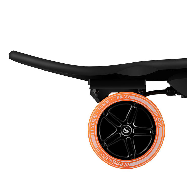 enSkate r3 mini, the newest electric skateboard with kicktail in 2020, 20mph,12miles. Powerful & eyecatching. US free shipping.  2020年の最新の強力な電動スケートボード、20mph、12マイル。 キックテールで目を引く。 日本送料無料。