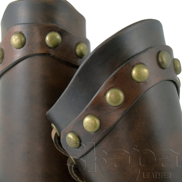 Yeoman's Antique Brown Leather Bracers