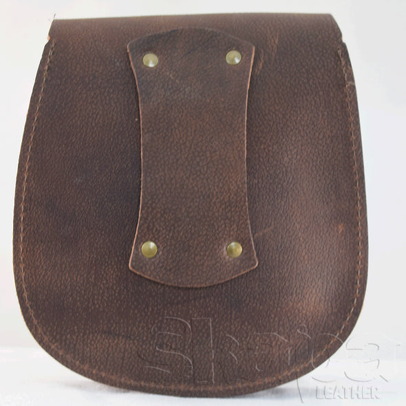 Yeoman's Antique Brass/Brown Leather Pouch