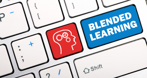 Top 7 Reasons to Implement Blended Learning for a Balanced and Effective Training Solution