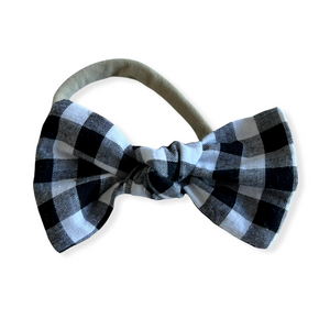 Into the wild dribble bib - Love by Chelsea