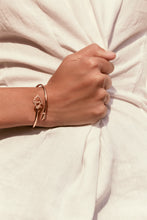 Load image into Gallery viewer, The Key - Rose Gold and Diamond Flex Bracelet - featuring Antonela Roccuzzo