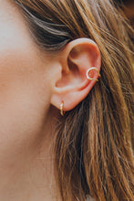 Load image into Gallery viewer, Aura - Rose Gold Ear Cuff