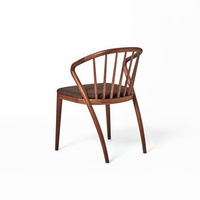 YAMANAMI Comb Back Chair