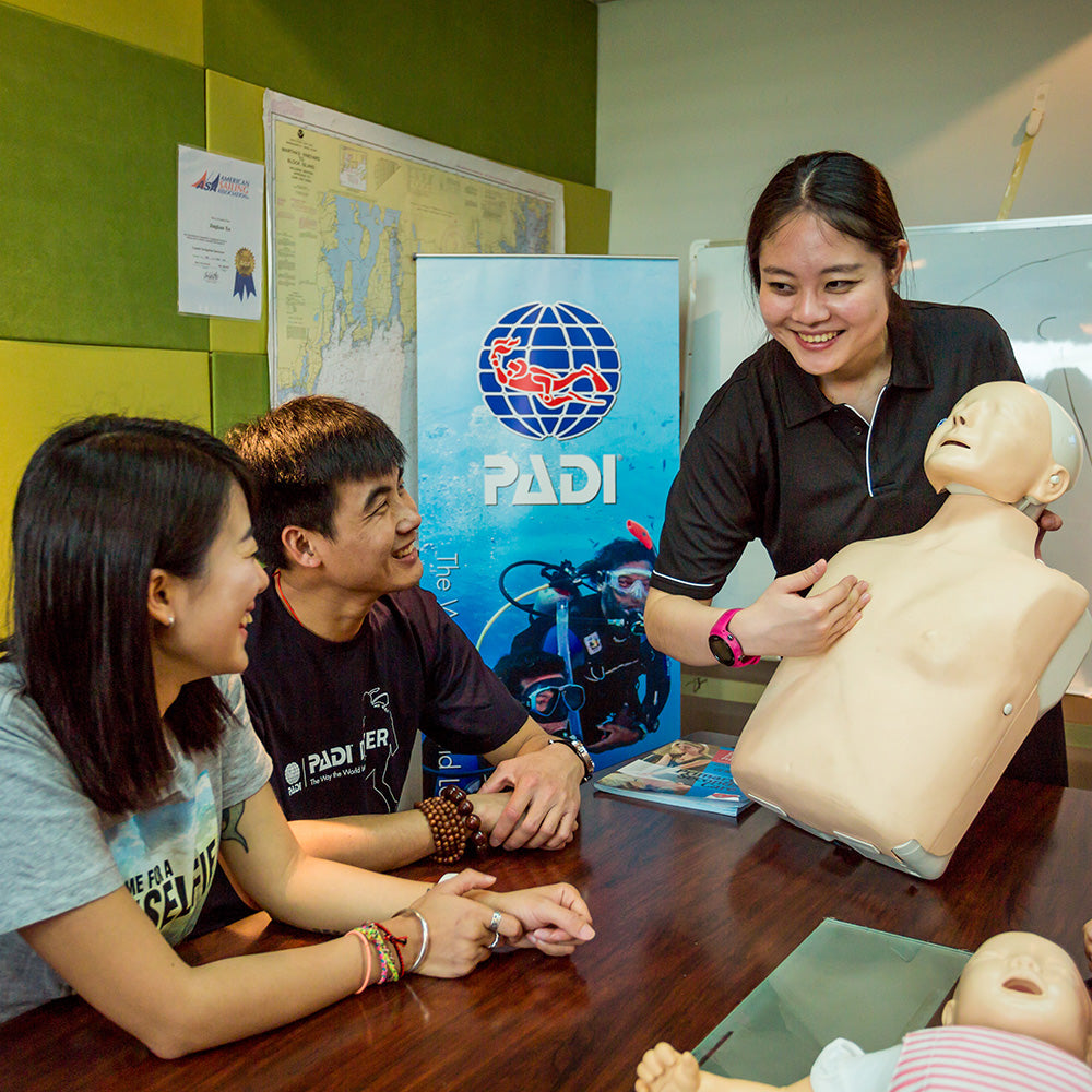PADI Emergency First Response CPR, First Aid & Care For Children Instructor Course