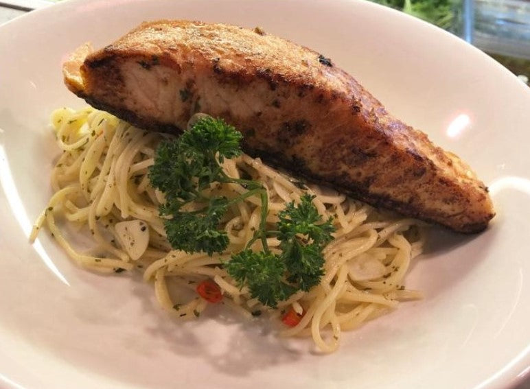 Aglio Olio with Grilled Norwegian Salmon
