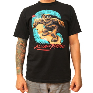 SURFING CALI BEAR T-SHIRT