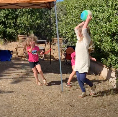 Ever wondered how to play Hula Hoop Ball?
