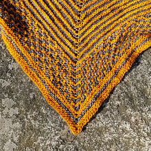 Load image into Gallery viewer, Don't eat yellow snow Shawl kit