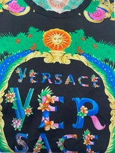Load image into Gallery viewer, Versace Black Medusa Tshirt
