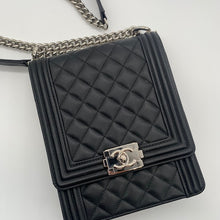 Load image into Gallery viewer, Chanel Black N/S Le Boy Handbag