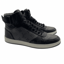 Load image into Gallery viewer, Louis Vuitton Grey/Black Sneaker