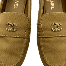 Load image into Gallery viewer, Chanel Green Flats
