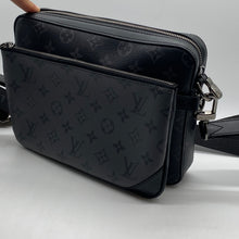 Load image into Gallery viewer, Louis Vuitton Reverse Monogram Eclipse Messenger Bag